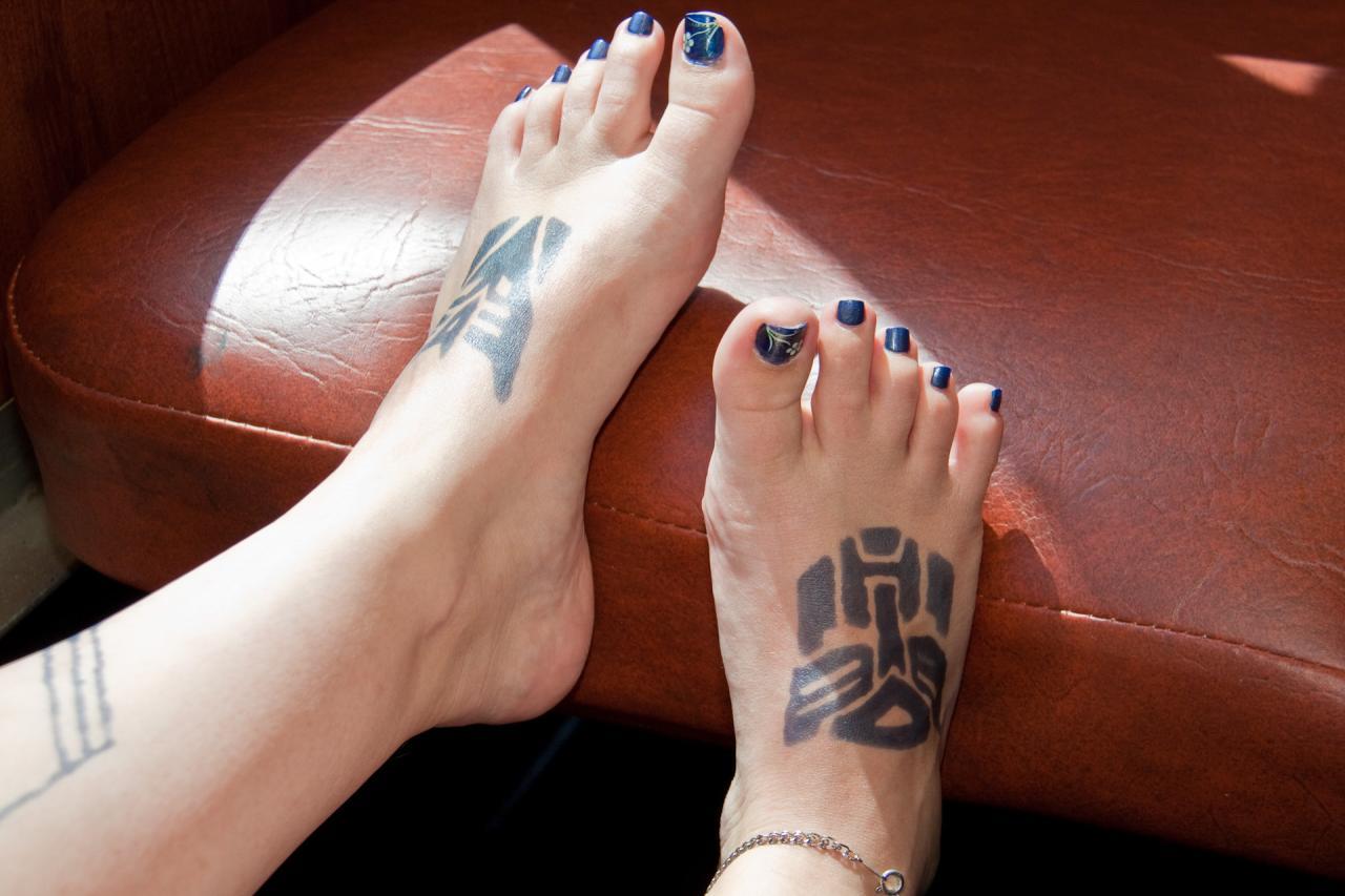Le Tatouage Sur Le Pied Signe De Seduction